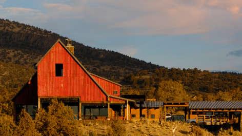 Brasada Ranchhouse Barn Tressel Thumbnail