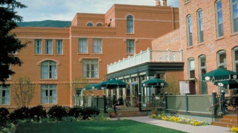 Hotel Jerome Thumb